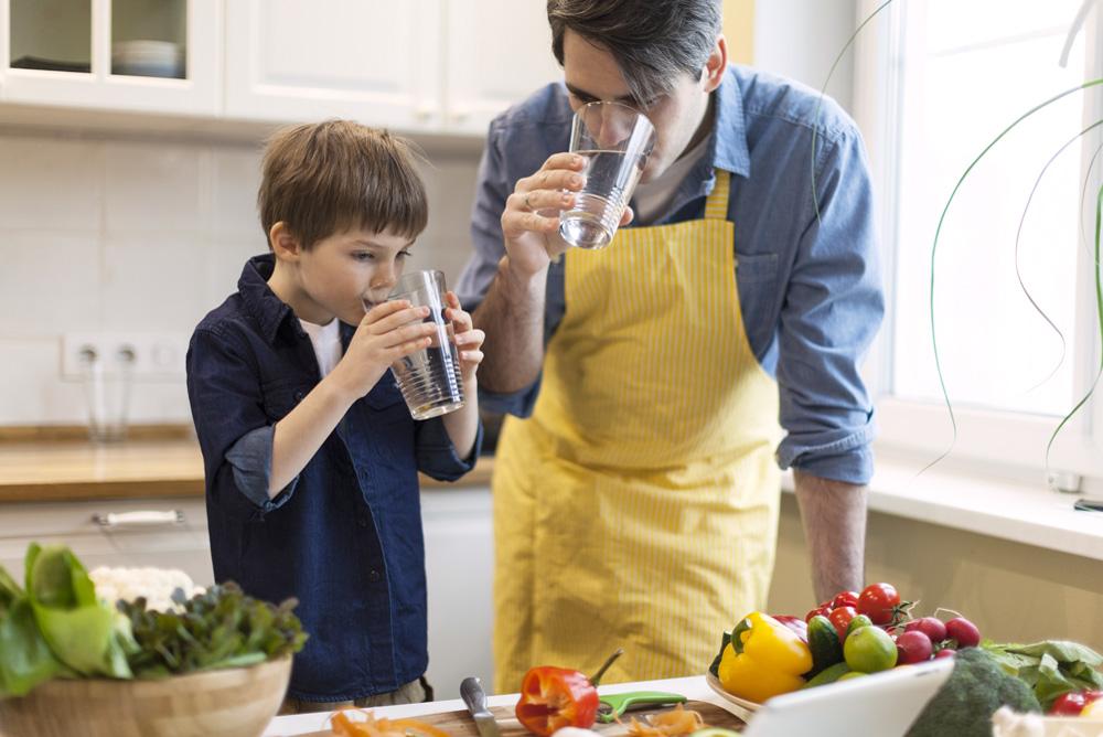 Lợi ích Của Việc Uống Nước Giữ đủ Nước Cho Cơ Thể